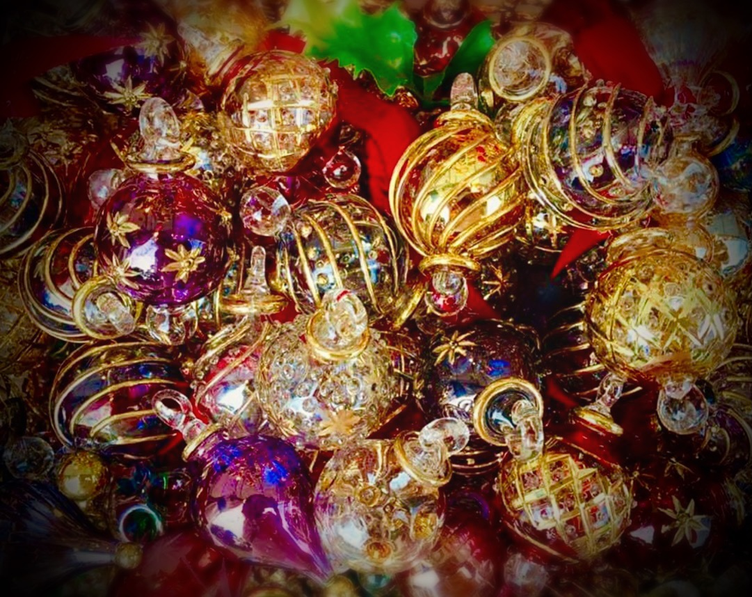 Lot of 24 hand blown glass christmas ornaments